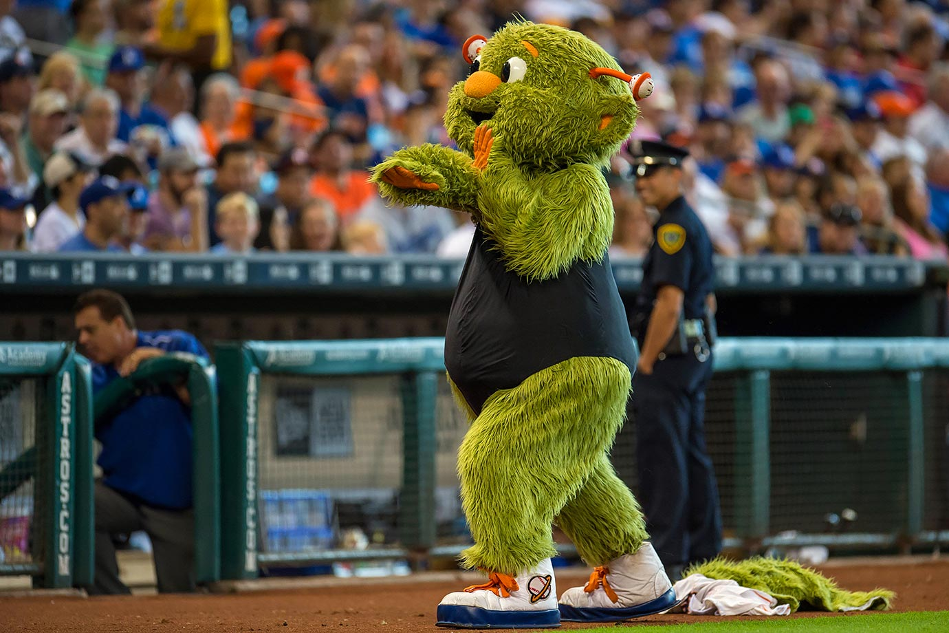 "It turns out Houston Astros mascot Orbit has some very advanced dance moves, as the baseball-loving alien showed off during a captivating performance of Beyoncé's hit song ""Single Ladies"" during a game on Aug. 23, 2015. Somehow most of the Minute Maid Park security guards were able to block out the beauty of the choreography and focus on their jobs, even after Orbit's mid-routine costume change."