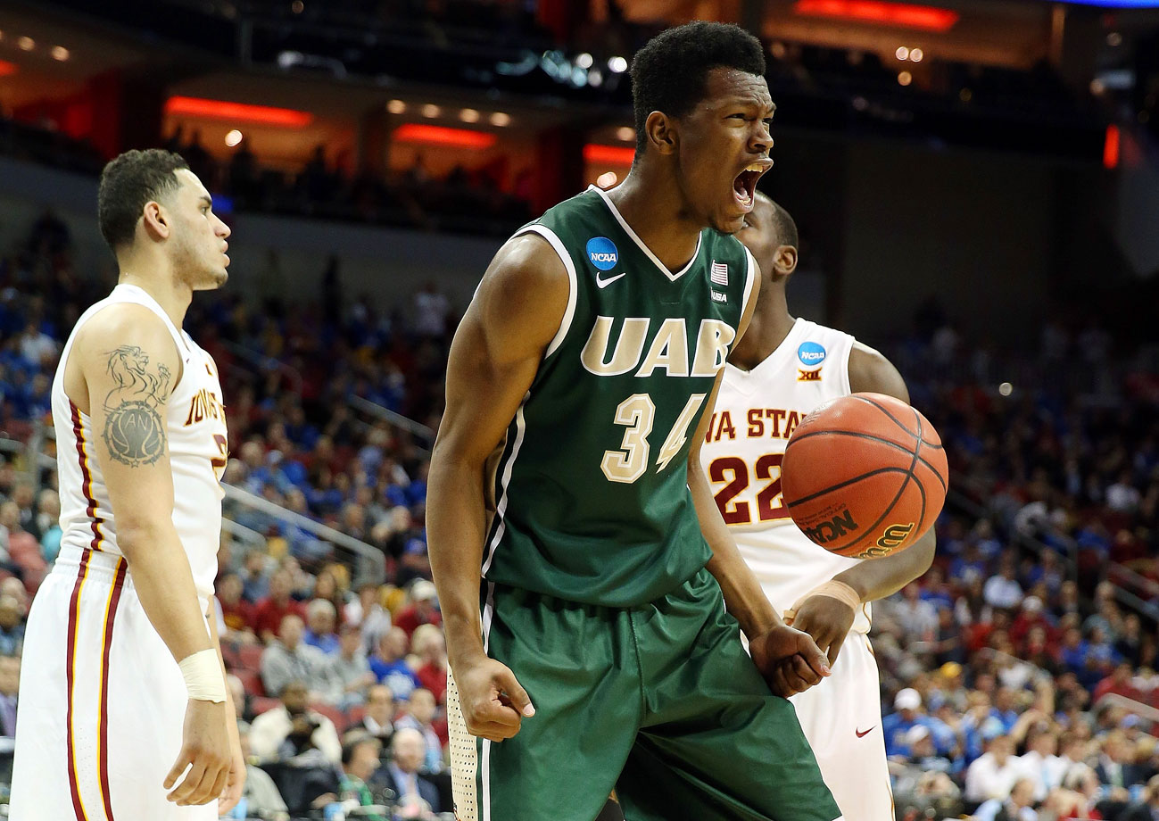 William Lee scored the last four points for 14th-seeded UAB, and the Blazers knocked off third-seeded Iowa State 60-59 in their opening game in the NCAA Tournament. UAB came in with the youngest team in the tourney and with nobody having played in this tournament before. They wound up winning the program's first NCAA game since 2005 and ran over to celebrate in front of the fans of a school that shut its football program down in December.