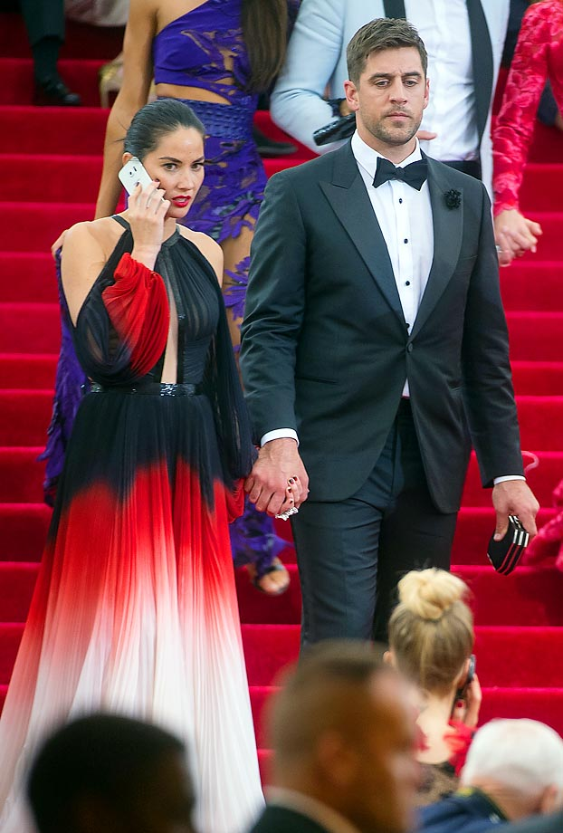 Olivia Munn and Aaron Rodgers.
