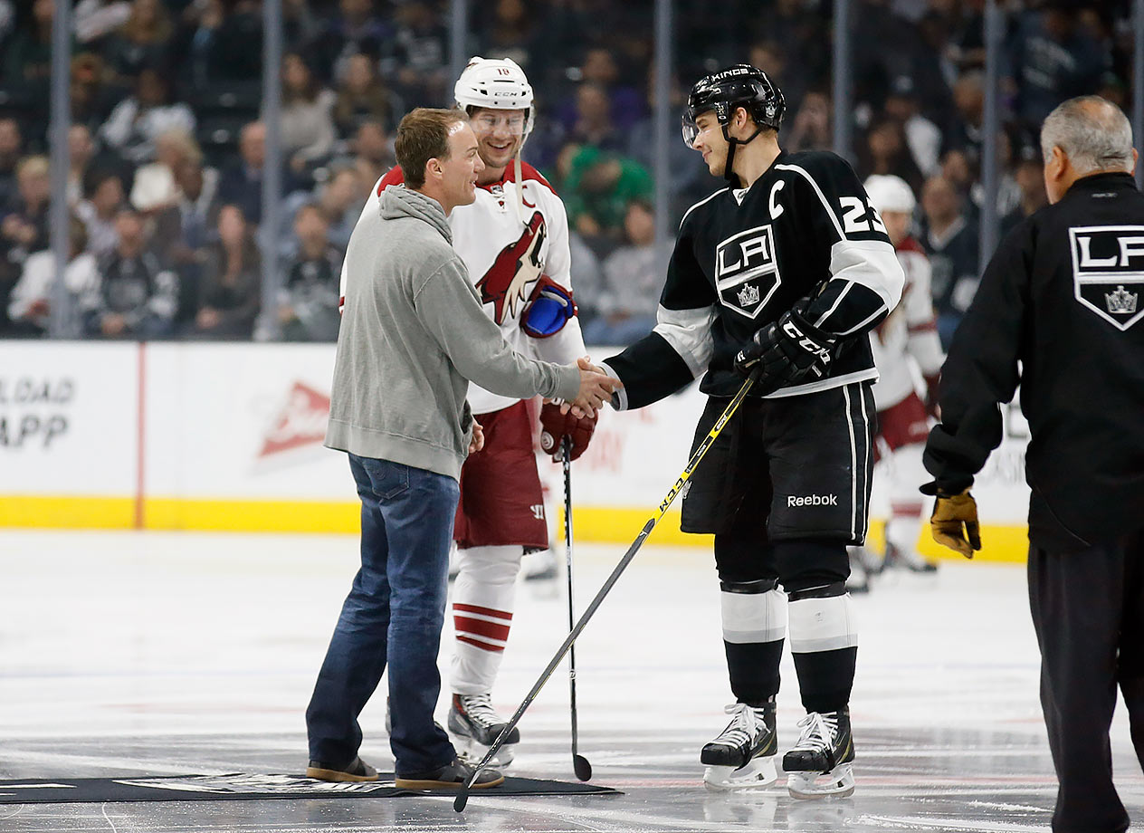 Los Angeles Kings vs. Arizona Coyotes on March 16, 2016 at Staples Center in Los Angeles.