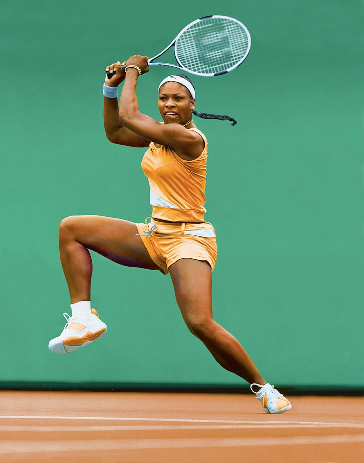 Serena in action at Fairmont Stadium in Arizona, where she had won the State Farm Classic the year before.