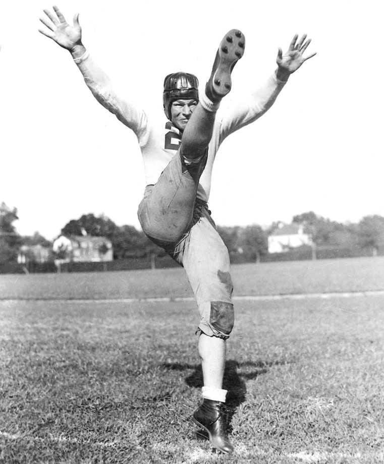 A remarkable multi-faceted talent — he played safety, punter and kicker — Smith quarterbacked Alabama to a national title in 1934. He was a two-time All-America and part of the famed '34 team that defeated Stanford in the Rose Bowl. — Runner-up: Jack Mitchell, QB, Oklahoma (1946-48)