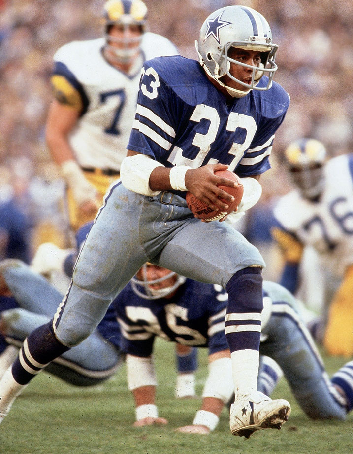 Dorsett took home the Rookie of the Year in 1977 and maintained that excellence for nine-plus years before Father Time caught up to him. All told, the 1994 Hall inductee rushed for 90 touchdowns and nearly 13,000 yards in the regular season, plus another 1,383 yards and 10 scores in the playoffs.