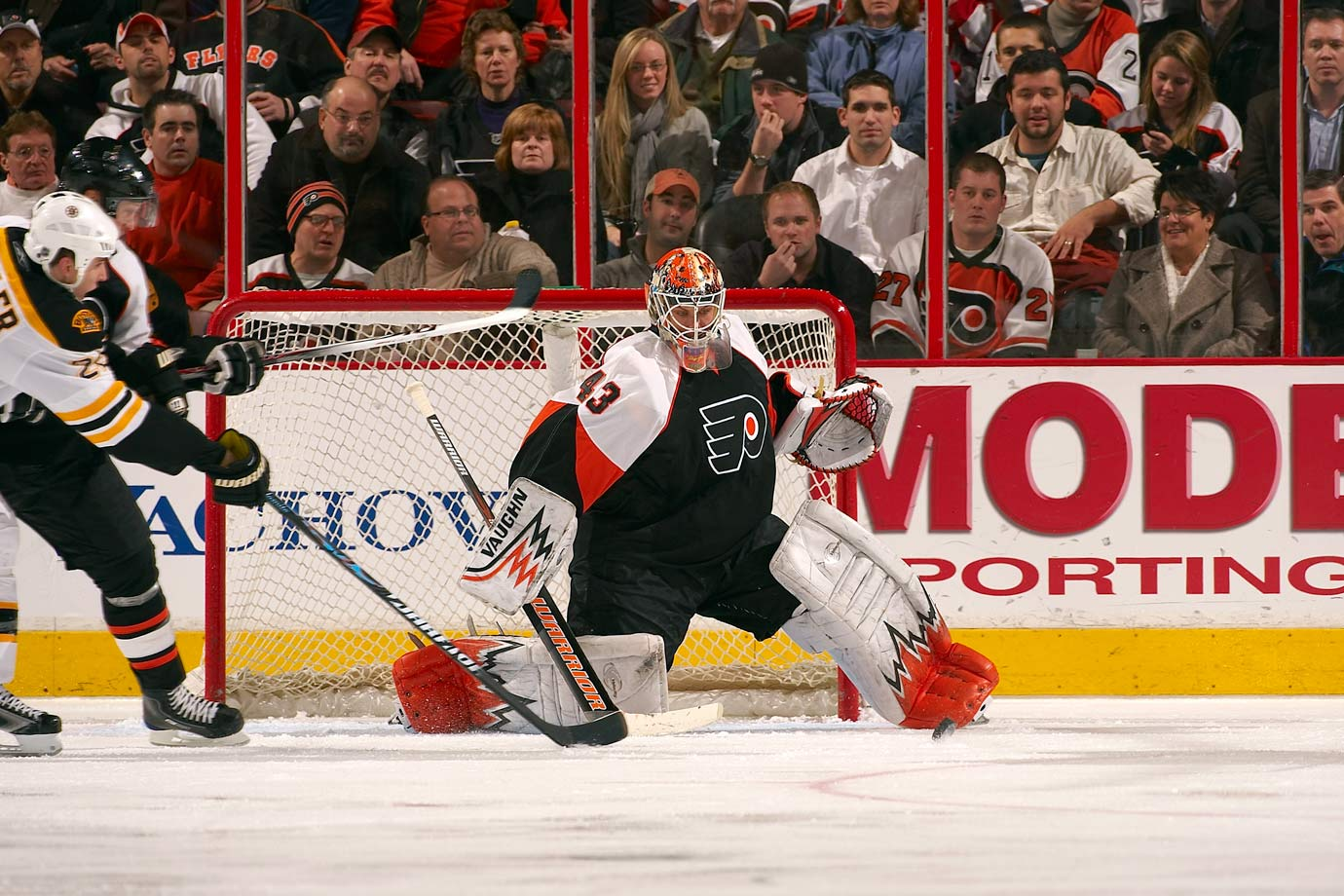 After ditching the 00 he donned briefly as a rookie, Biron wore 43 with some distinction.  He posted five winning seasons as a starter, his best being a 30-20-9 campaign for the Flyers in 2007-08.