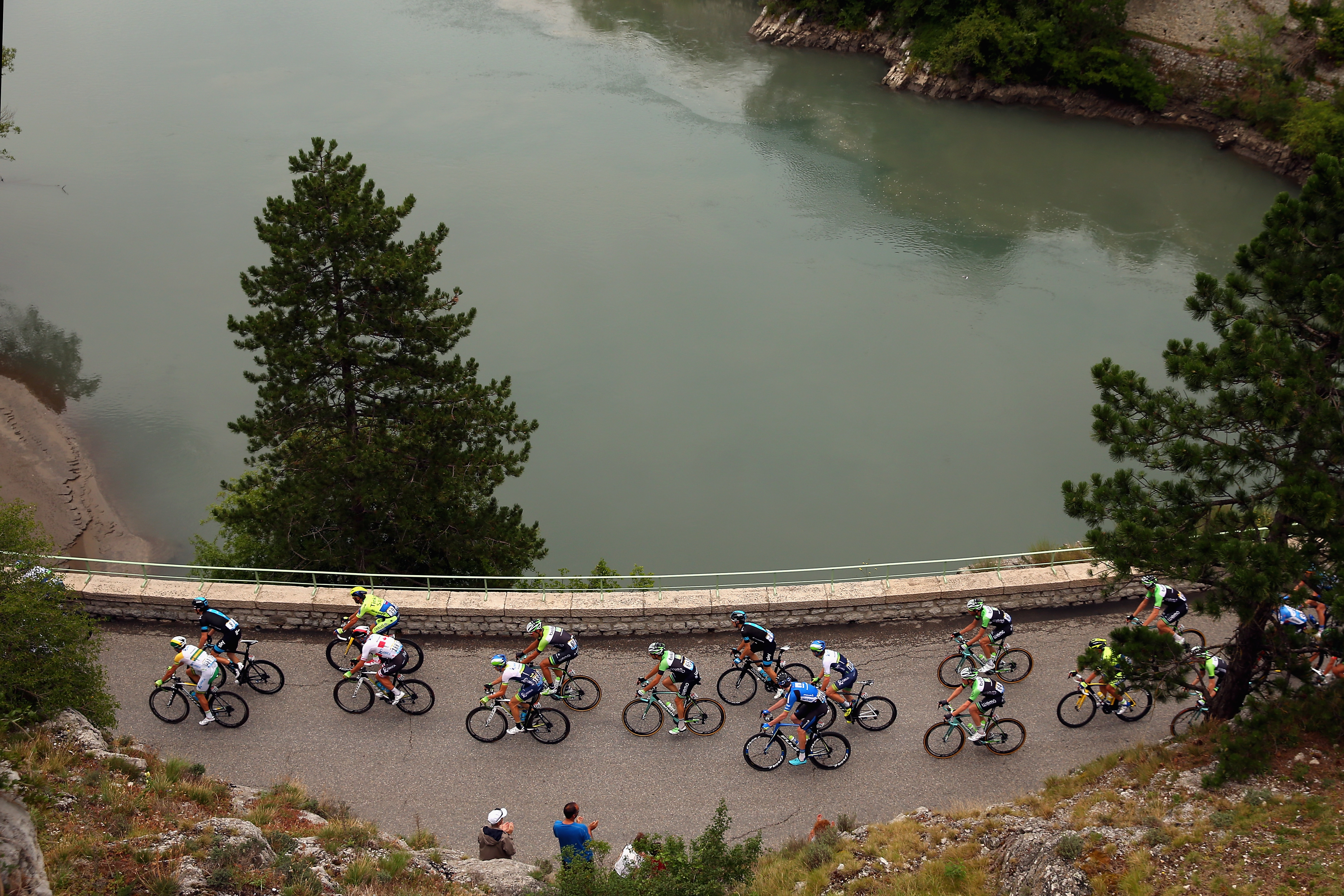 The peloton pass through Sisteron during the fifteenth stage.