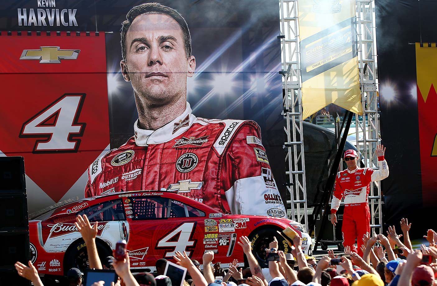 Kevin Harvick greets fans prior to the NASCAR Sprint Cup Series Ford EcoBoost 400 at Homestead-Miami Speedway on November 16, 2014.