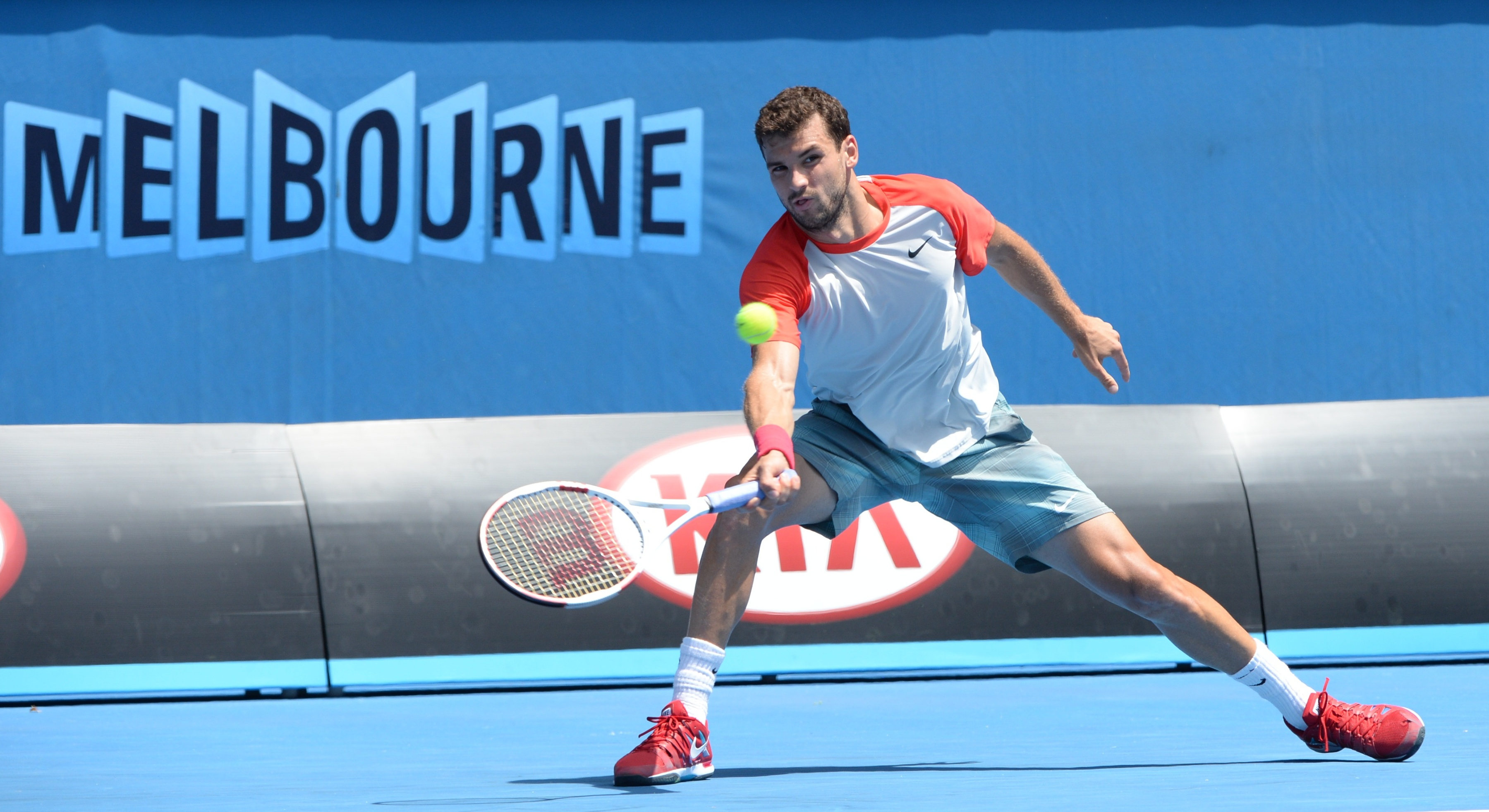 Dimitrov's Nike baseball shirts were a great fit at the Australian Open.