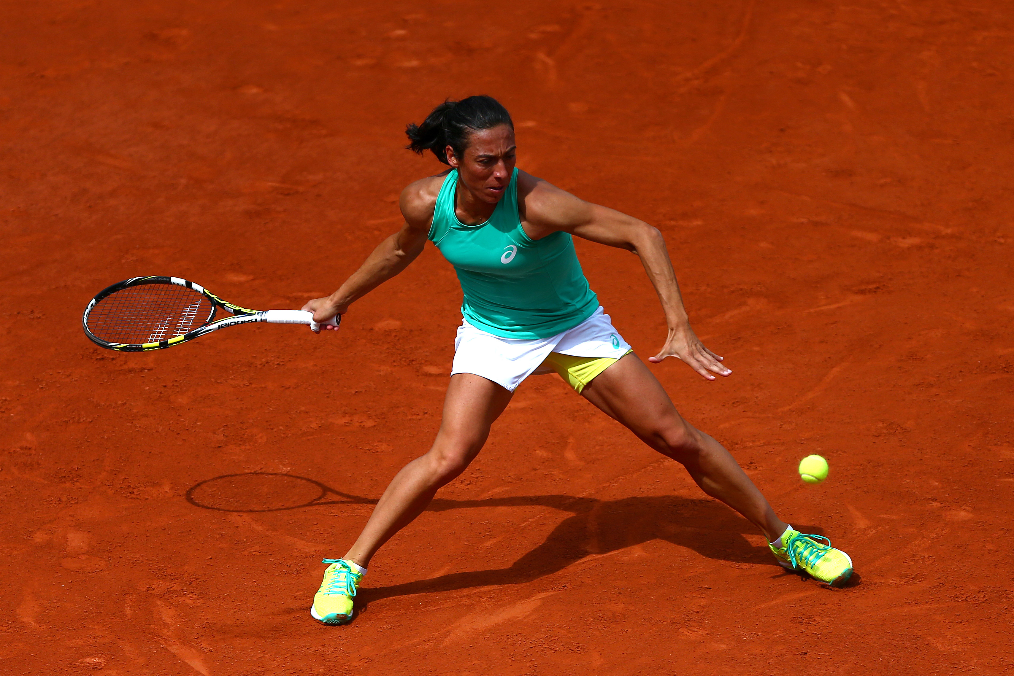 Schiavone d. No. 18 seed Kuznetsova 6–7(11), 7–5, 10-8 in an epic.