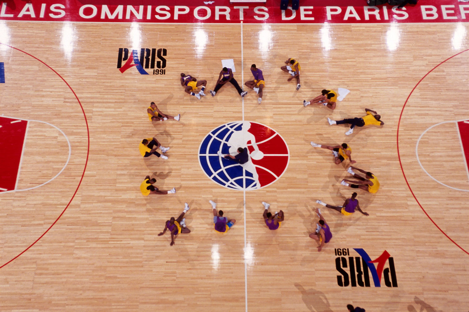 The Los Angeles Lakers practice during the 1991 McDonald's Open on October 14, 1991 at Palais Omnisports de Paris-Bercy in Paris, France.