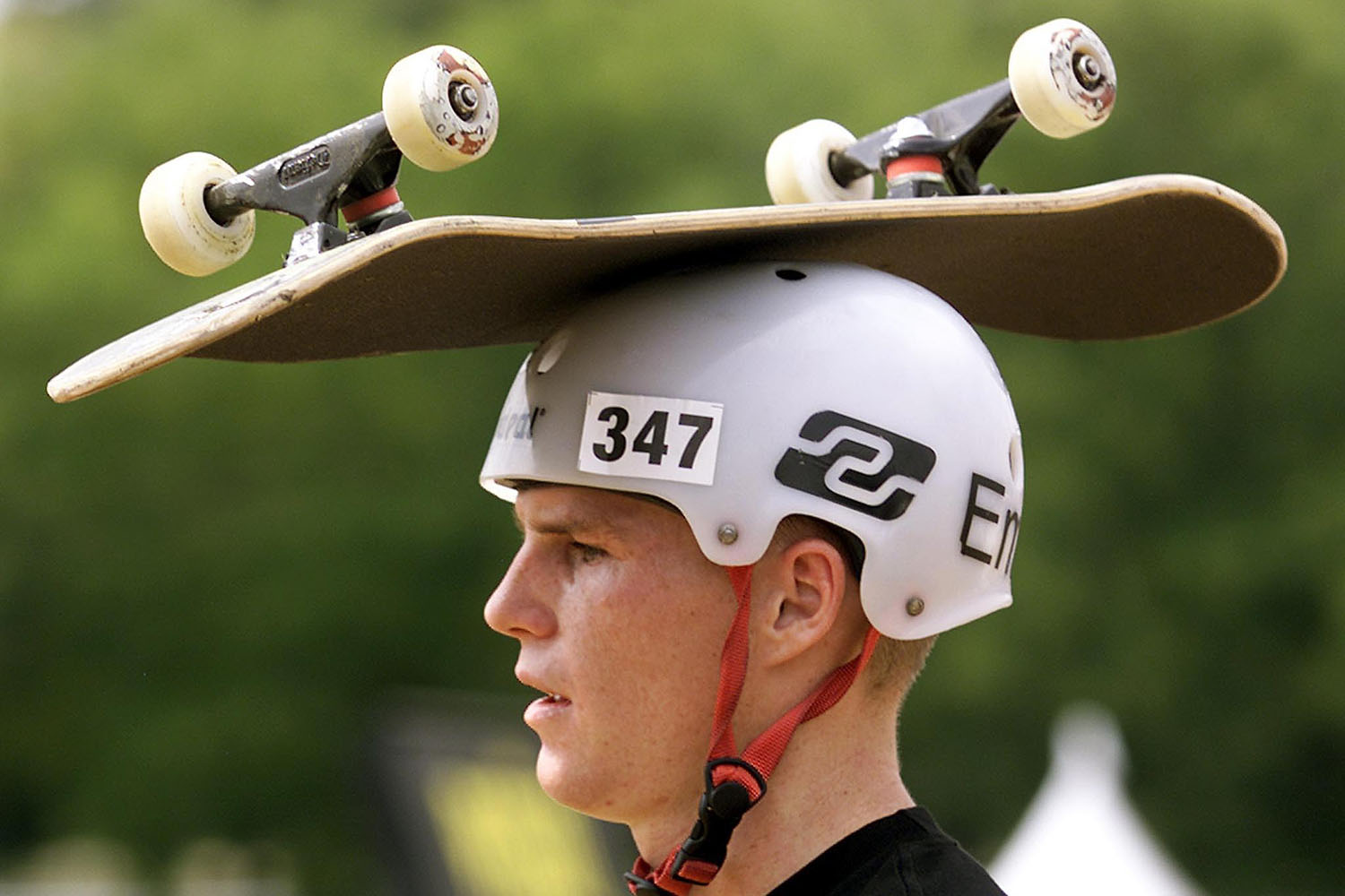 Chad Bartie takes a breather before the start of the Men's Skateboard Park final at the 2001 Summer X Games at Philadelphia's First Union Complex 20 April 2001.
