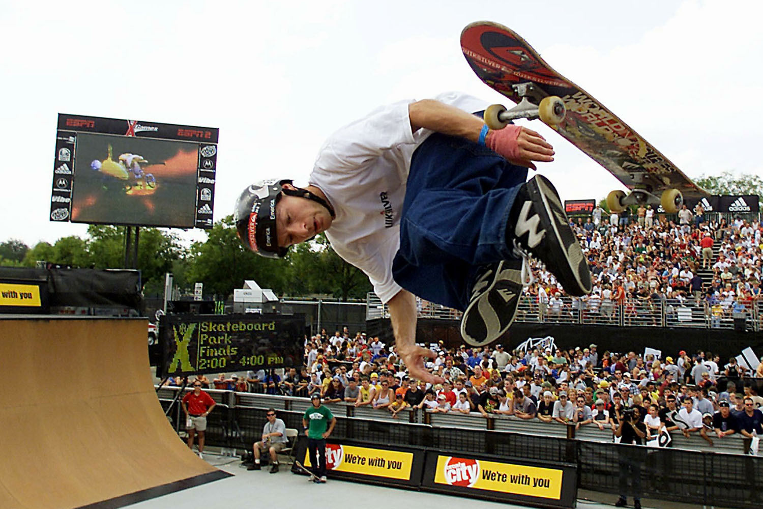Roman Hackl busts out some moves during the Men's Skateboard Park Final's at the 2001 Summer X Games at the First Union Complex in Philadelphia, PA on 20 August 2001.