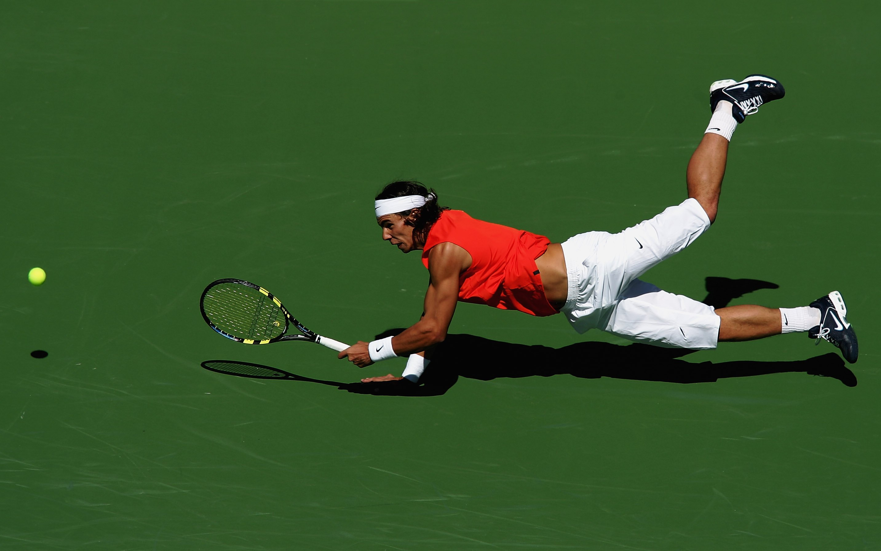 Back to orange -- and a distinctive Nadal dive -- at Indian Wells.