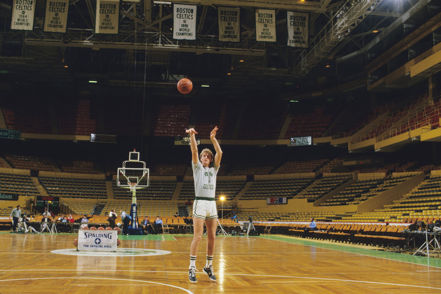 Larry Bird practices before a game on January 22, 1986 in Boston.