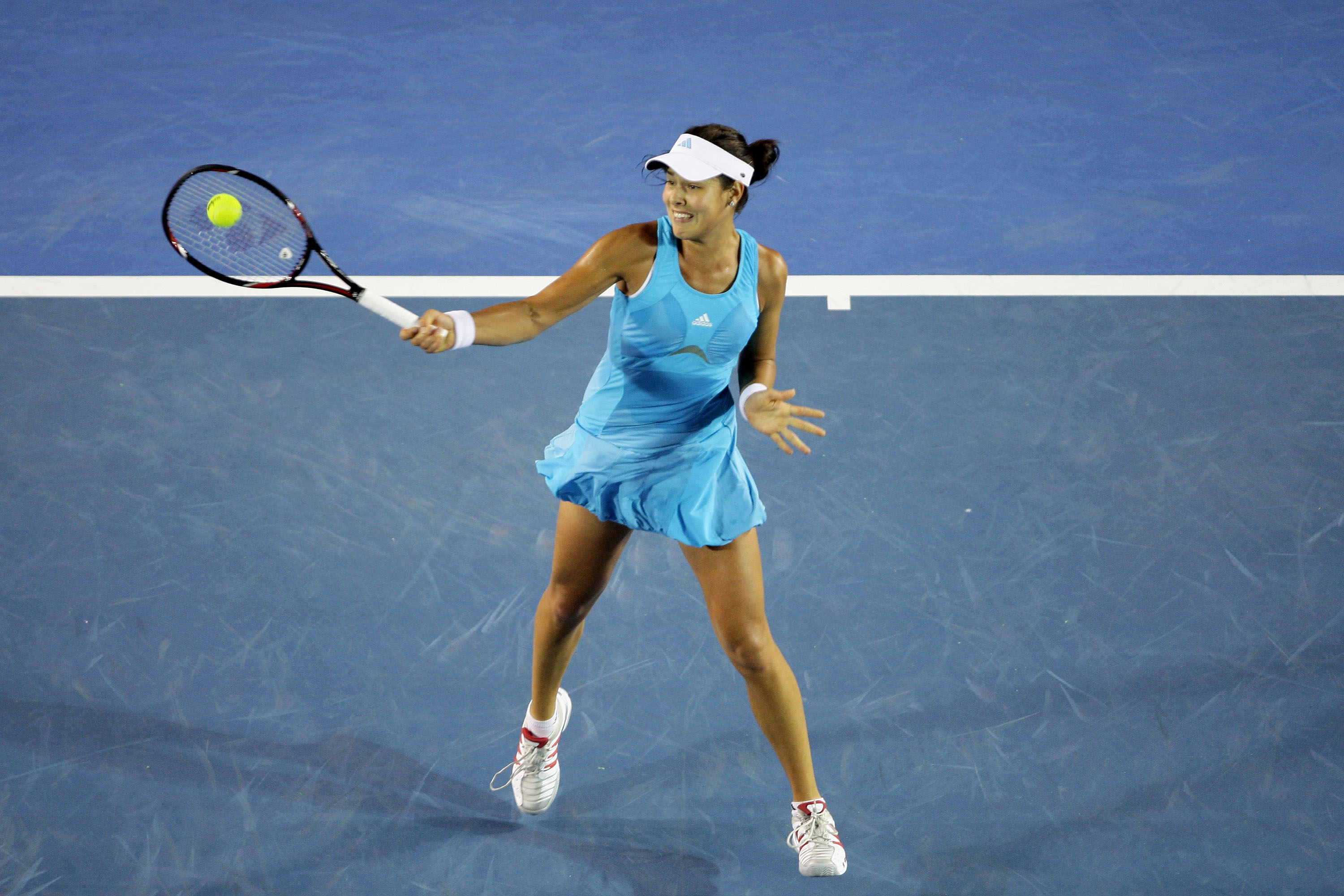 Ivanovic lost to Maria Sharapova in the 2008 Australian Open in the blue version of the Adidas bubble dress.