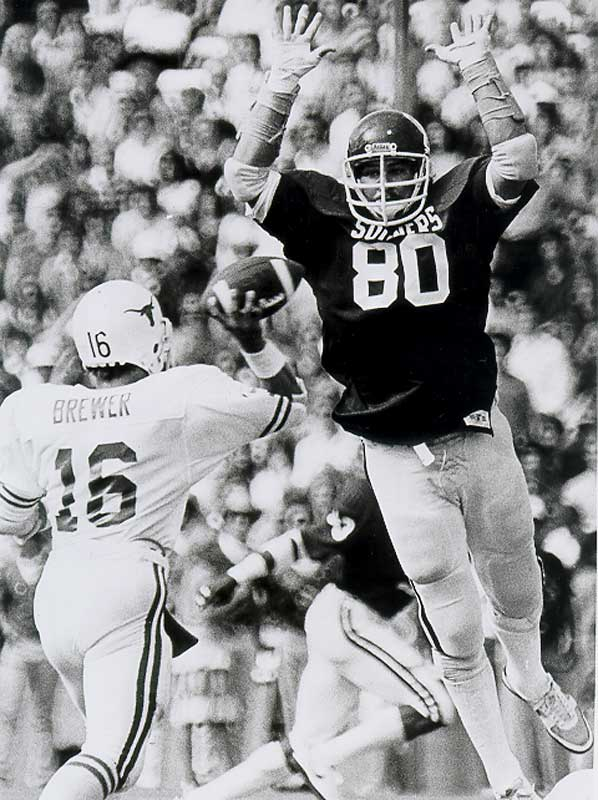 A consensus All-America in 1982 and 1983, Bryan was the Big Eight Defensive Player of the Year in 1982 and ranks in the top 10 among tackles at Oklahoma. — Runner-up: Donn Moomaw, C/LB, UCLA (1950-1952)