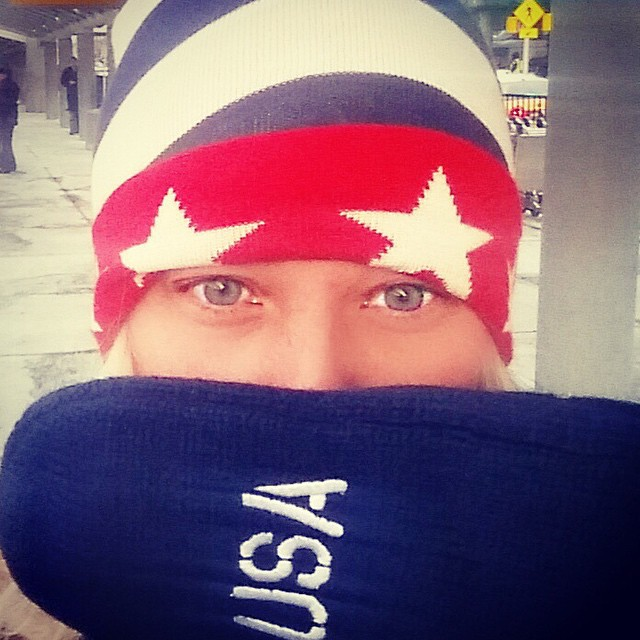 Freezing in #NYC thankfully I have my @teamusa mittens from @jmaestas to keep me warm #nofilter