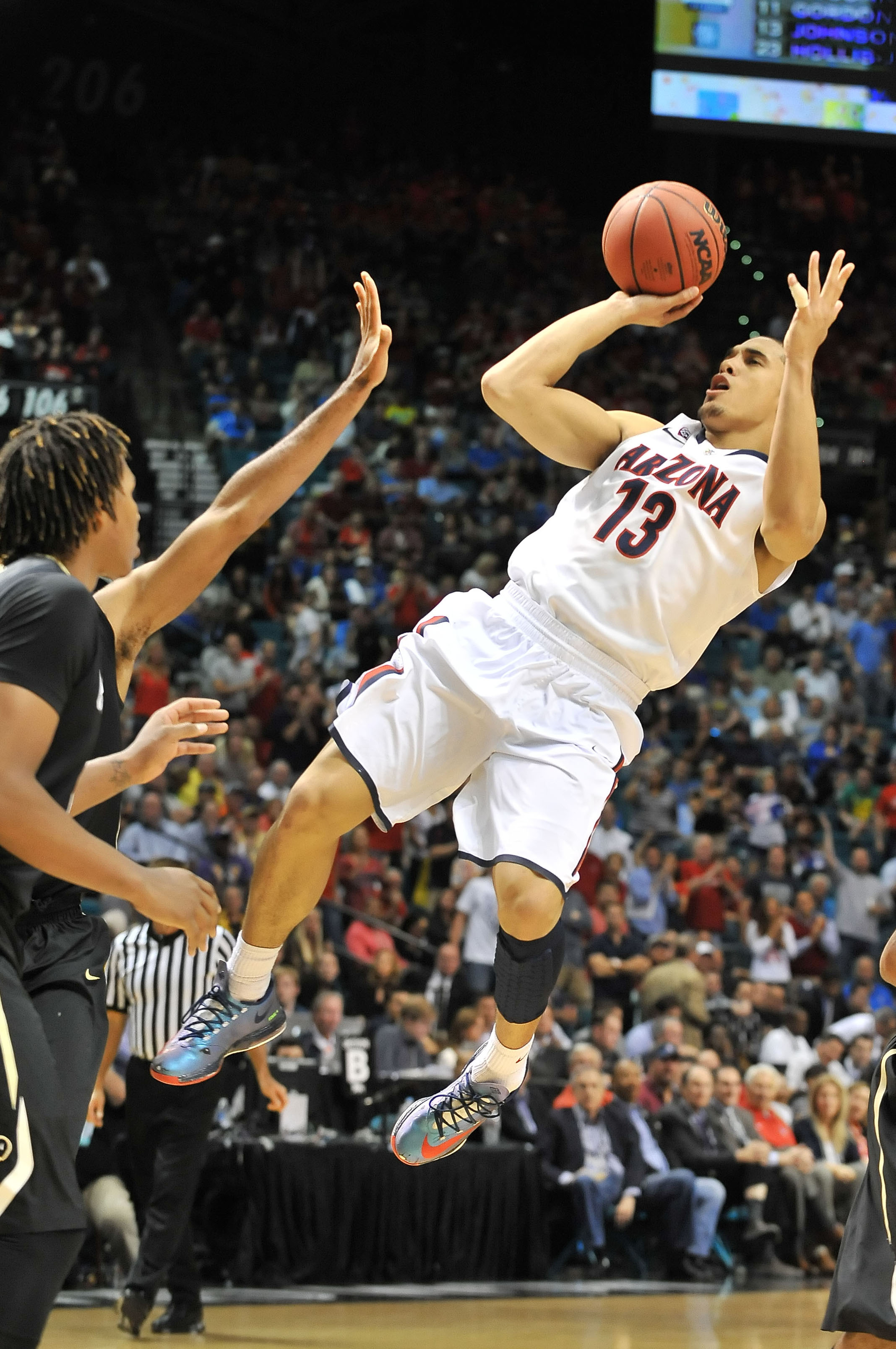 """The Arizona Wildcats' junior performed in the top 30 of all five events and tied for the third-best vertical leap jump, with a 41.5"""" leap."""