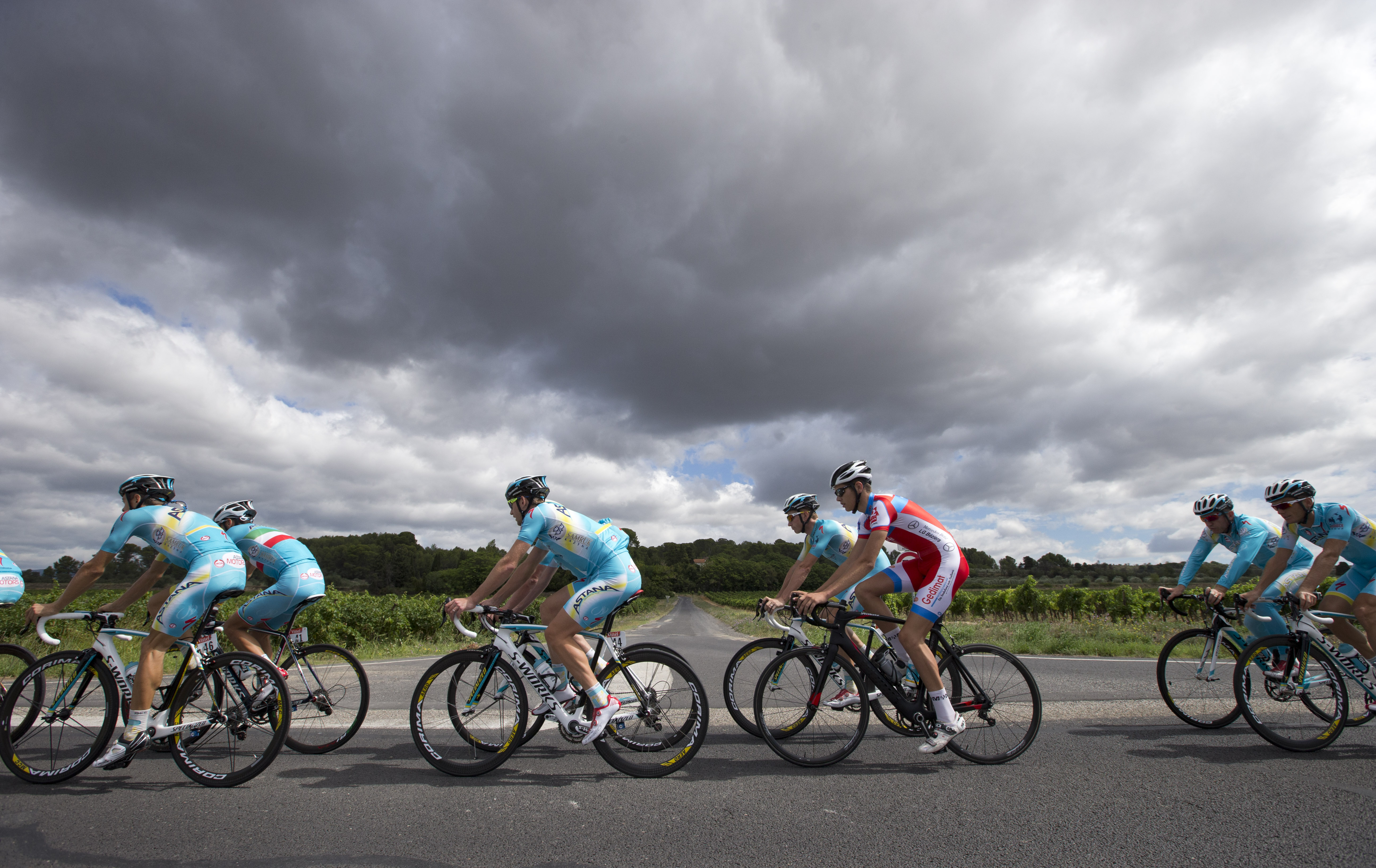 Team Astana with overall leader Italy's Vincenzo Nibali, second left with the Italian flag on his jersey, trains on the second rest day of the Tour de France.