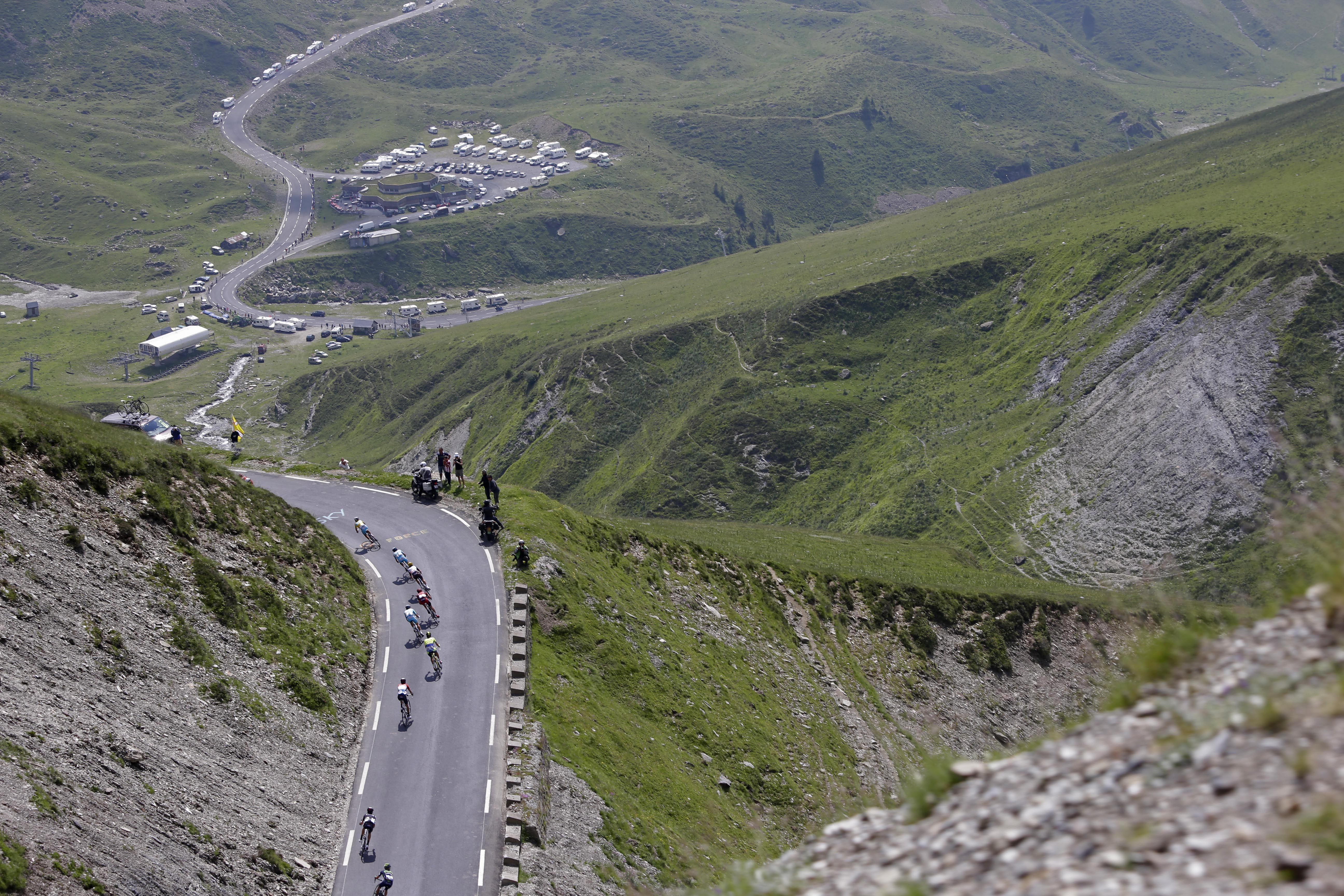 The pack speeds down Tourmalet pass during the eighteenth stage.