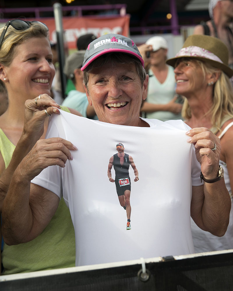 A fan wears a shirt of athlete David Arnold.