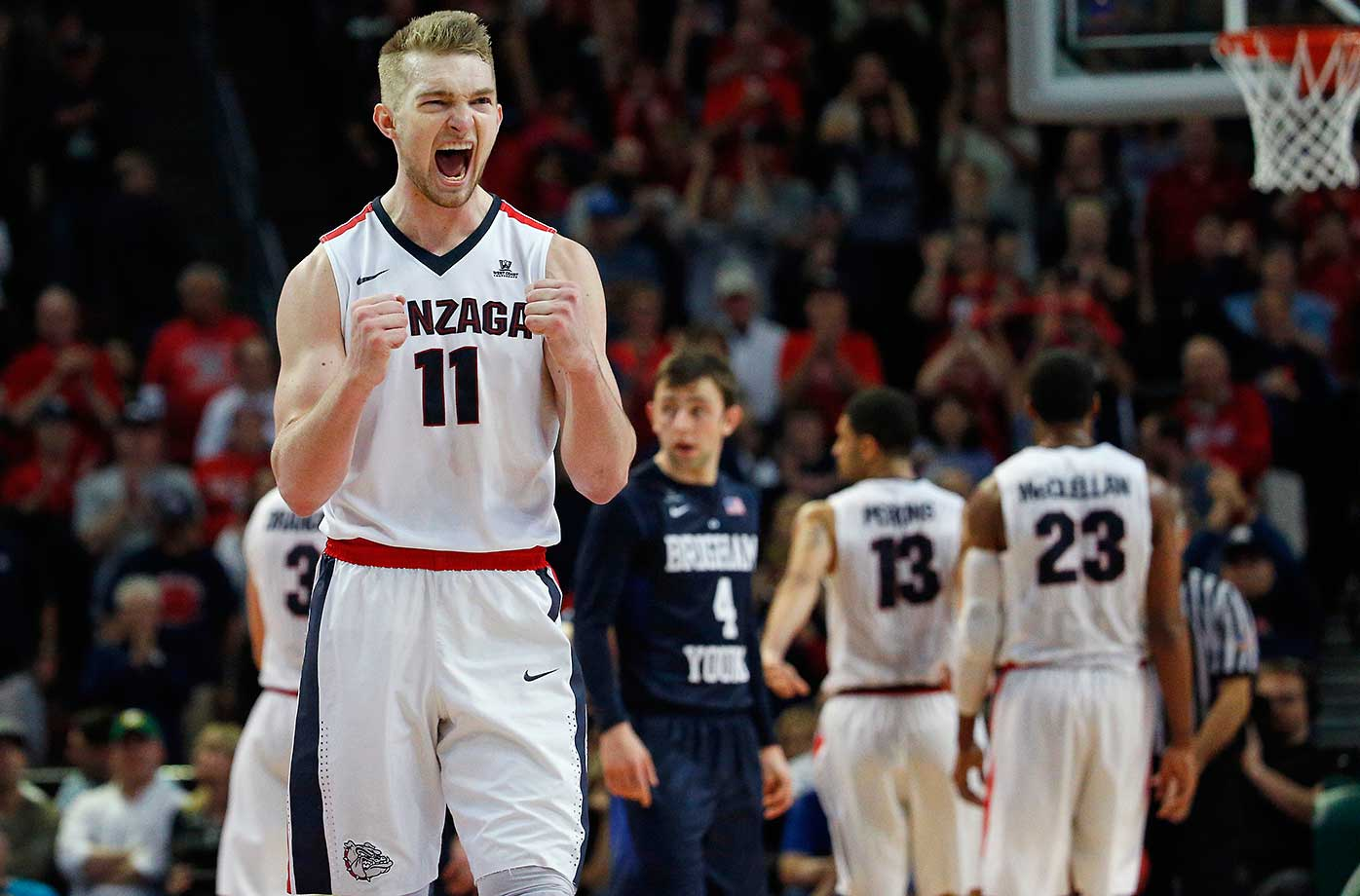 Gonzaga forward Domantas Sabonis celebrates as his team leads BYU in the final seconds.