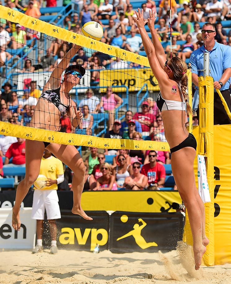 Angela Bensend with a kill in the women's final.