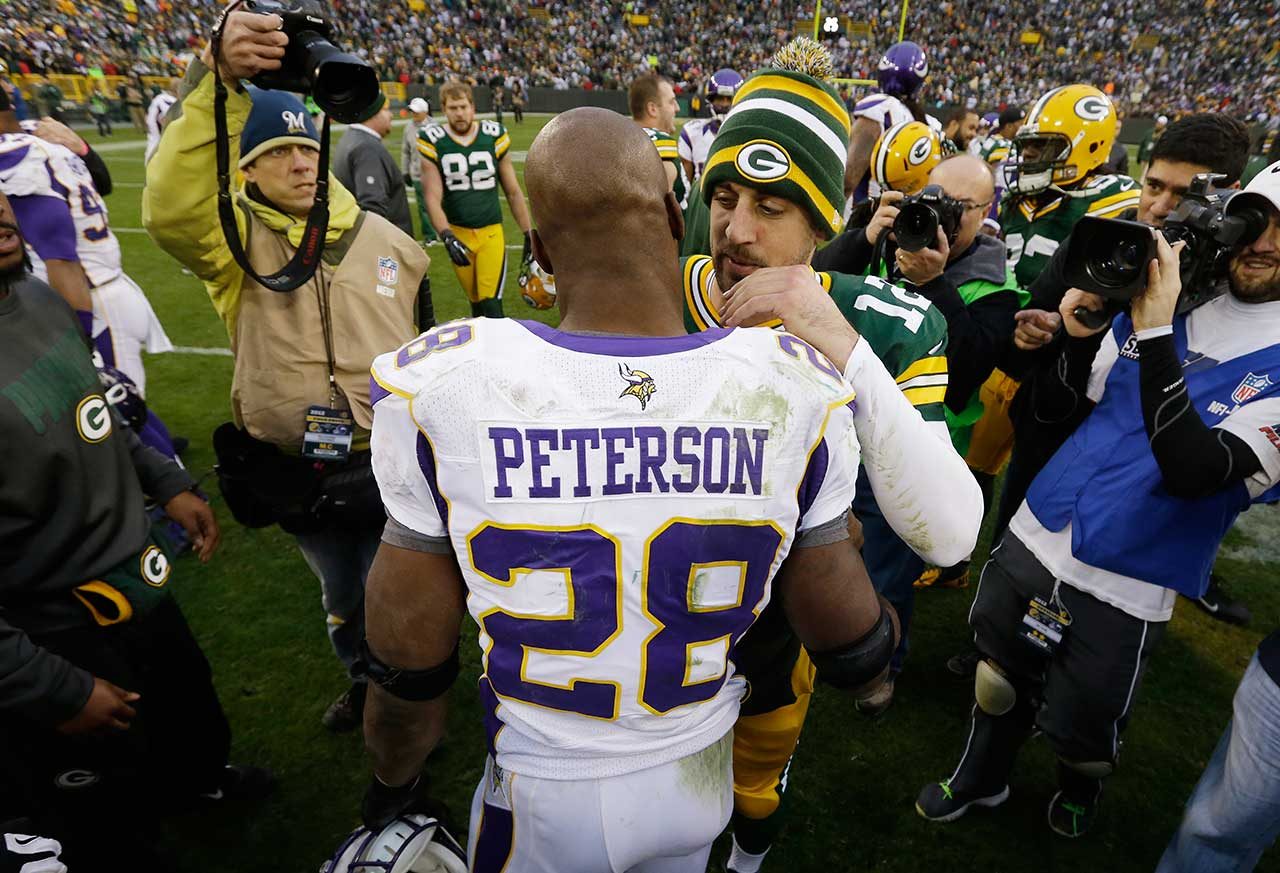 Aaron Rodgers got one of his favorite receivers back on his 29th birthday—Greg Jennings returned after missing seven weeks with an injury—and both Green Bay stars had the misfortune of watching Adrian Peterson shred the Packers defense for 210 rushing yards. But Mr. Rodgers wasn't too shabby himself in his only Birthday Game, completing 27 of 35 passes for 286 yards with one touchdown and one interception as Green Bay came out of top, 23-14.