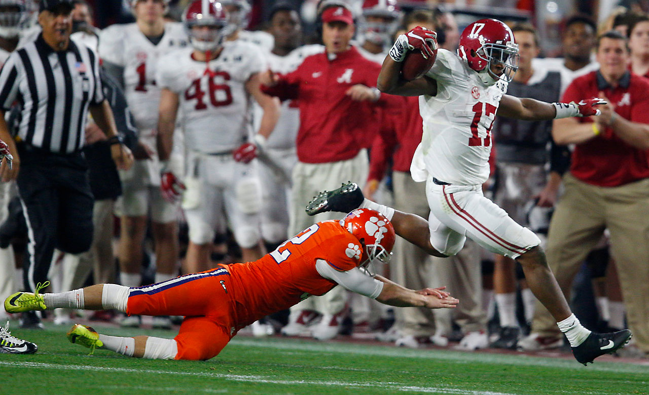 The Tide also got a special teams touchdown when Kenyan Drake eluded this tackle to get beyond Clemson for a 95-yard kickoff return that gave Alabama a 38-27 lead.