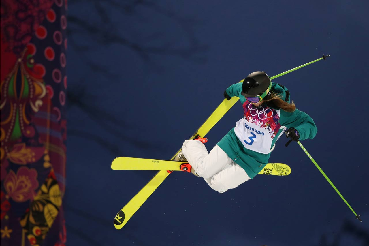 Amy Sheehan in the Ski Halfpipe qualifications.