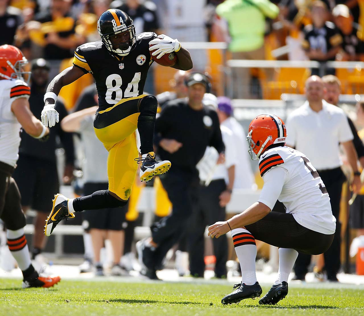 While returning a punt against Cleveland, Antonio Brown tried to hurdle Spencer Lanning and ended up drawing an unnecessary roughness penalty when his foot hit the punter in the face.