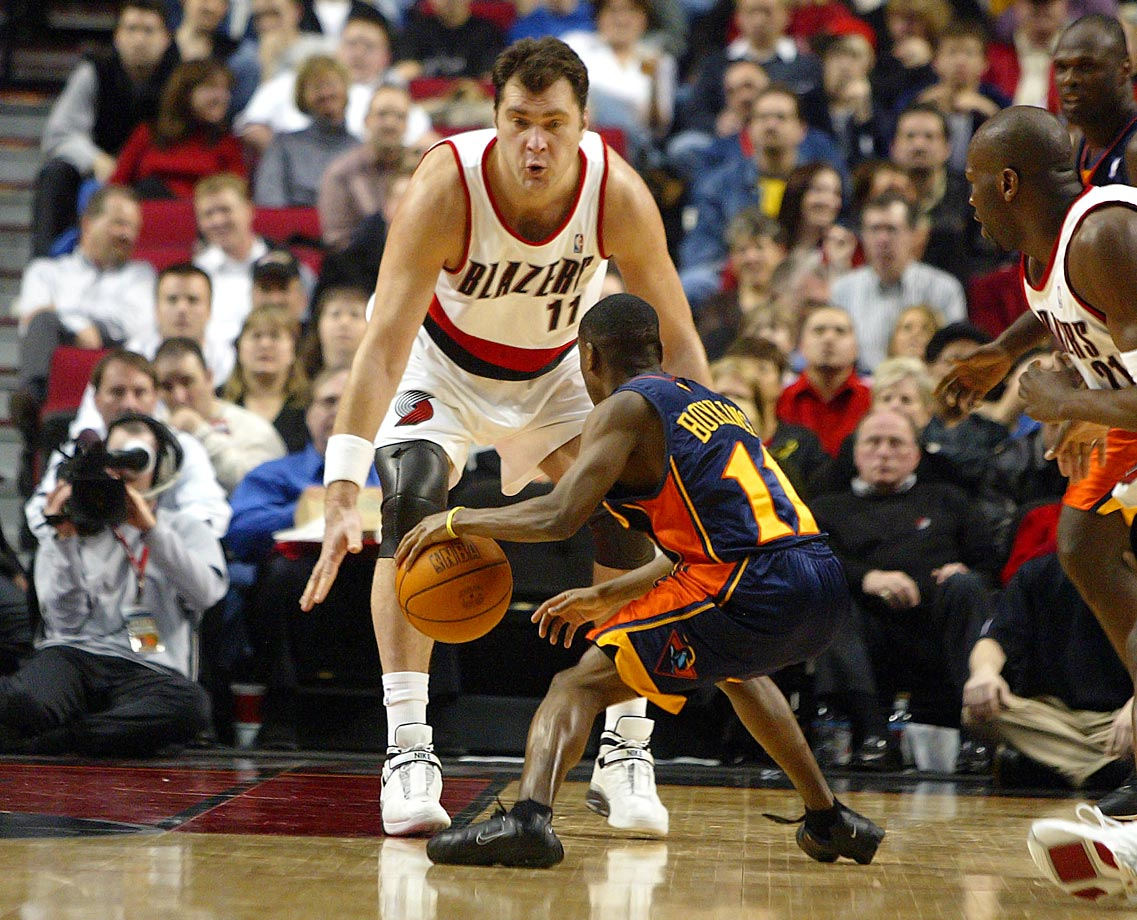 Many of Sabonis' best years occurred in Europe, but the Lithuanian center did play seven productive years with the Blazers. With a deft touch and array of skills, Sabonis was one of the most versatile big men in history, paving the way for other centers who like to handle the ball to play in the NBA.