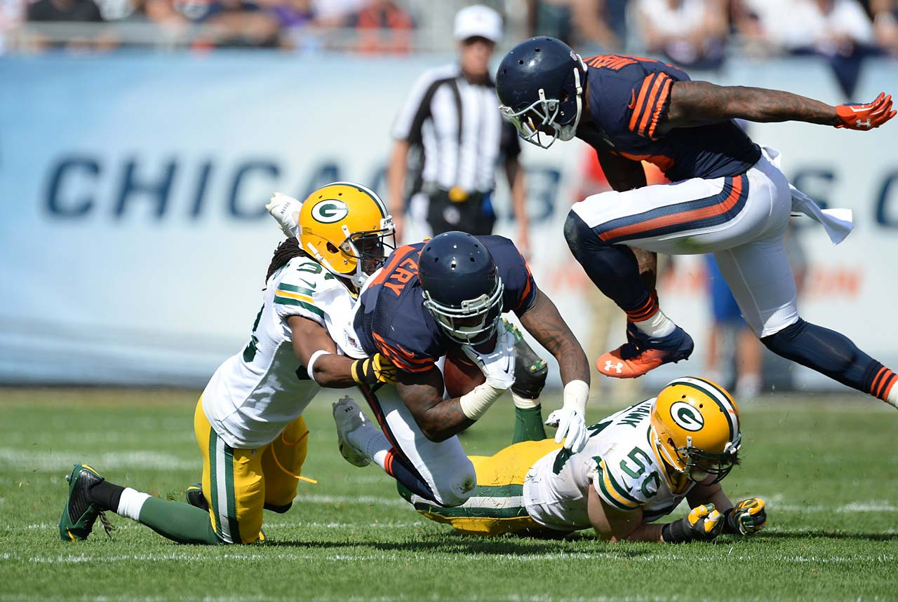 Alshon Jeffery and the Bears came up small against the Packers, losing 38-17 to fall to 2-2. Jeffery had 39 yards receiving on four catches, with one TD.