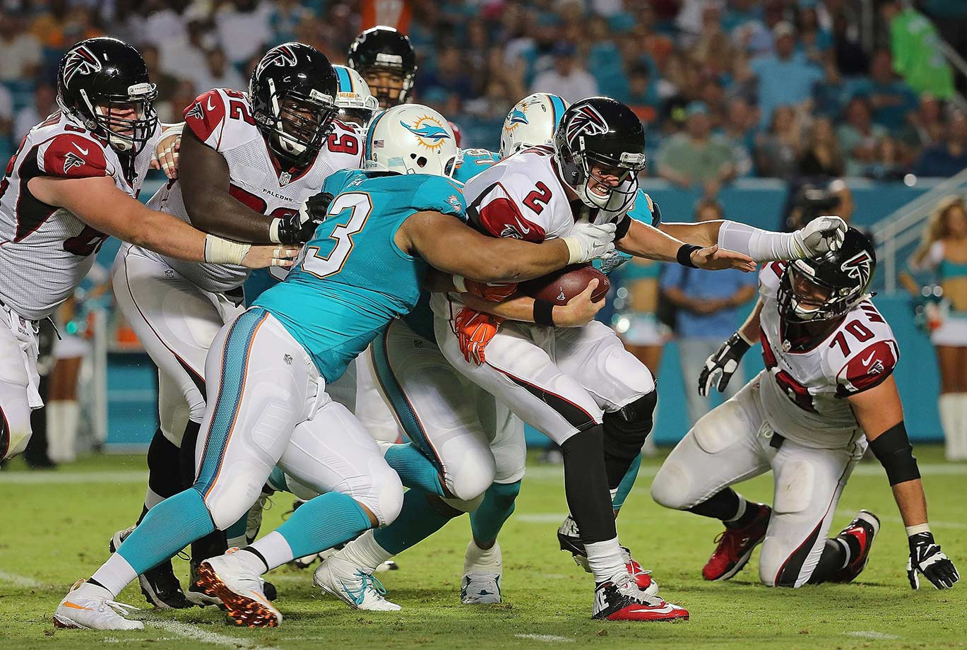 The Dirty Birds finally moved on from The Mike Smith Project, but this offensive line still ranks among the worst in the league. Luckily, they get to dominate during the week when they face their brutally bad defense in practice.