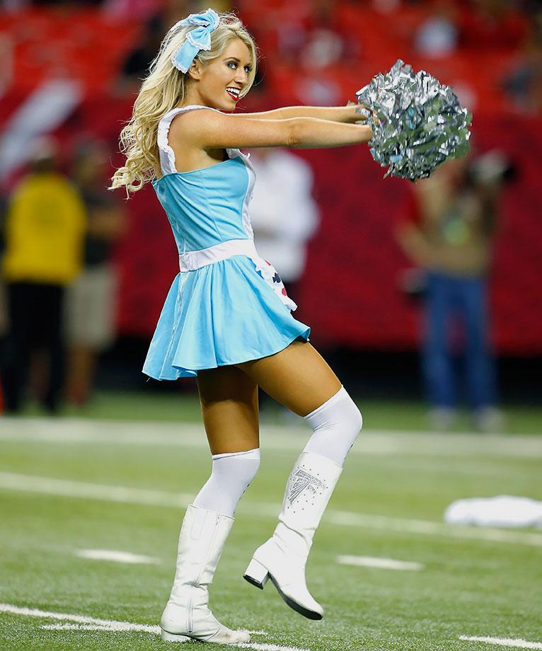 NFL Cheerleaders: Week 8 | SI.com