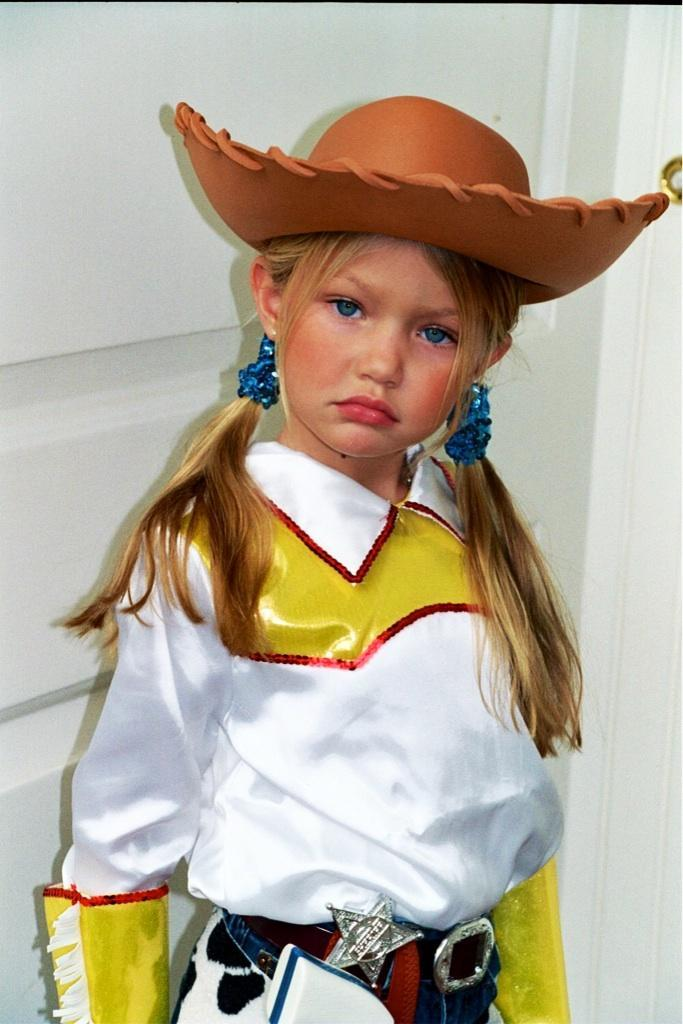 current mood bc don't get to dress up this year.... Throwback to lil G as Toy Story's Jessie!