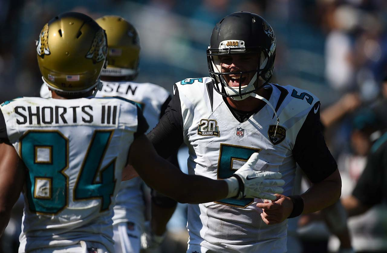 Blake Bortles played the entire second half for Jacksonville, finishing with two touchdown passes and two interceptions. He completed 14 of 24 passes for 223 yards, including fourth-quarter scores. (Text credit: AP)
