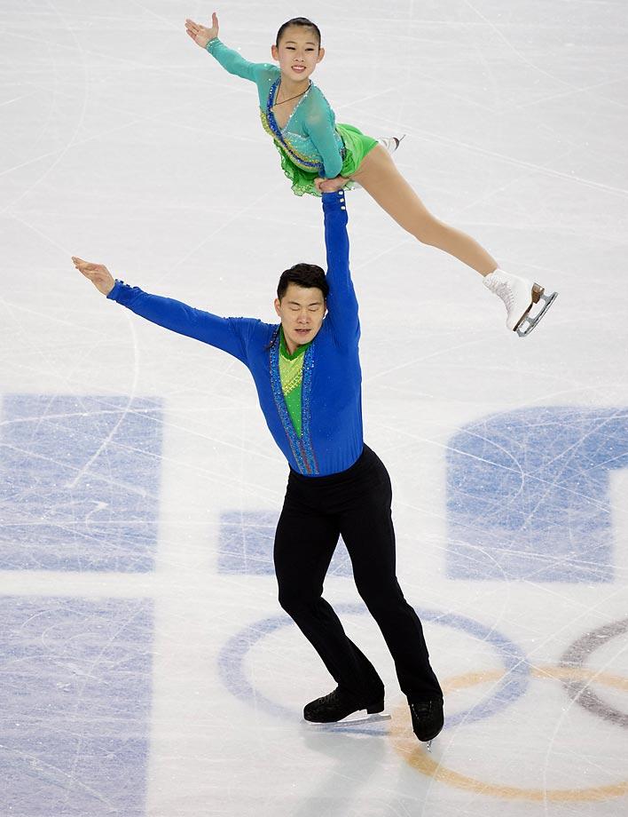 Cheng Peng and Hao Zhang of China