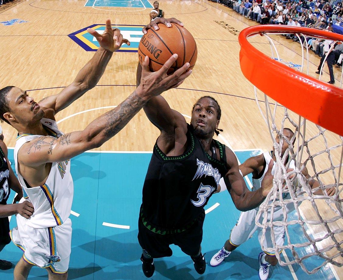 Florida Gators (2003-07), NBA (2007-08, 2009-10)