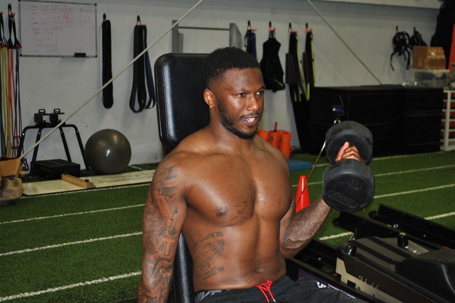 Behind the Body: San Diego Chargers Cornerback Brandon Flowers (Photos by ProSportsPics.com)