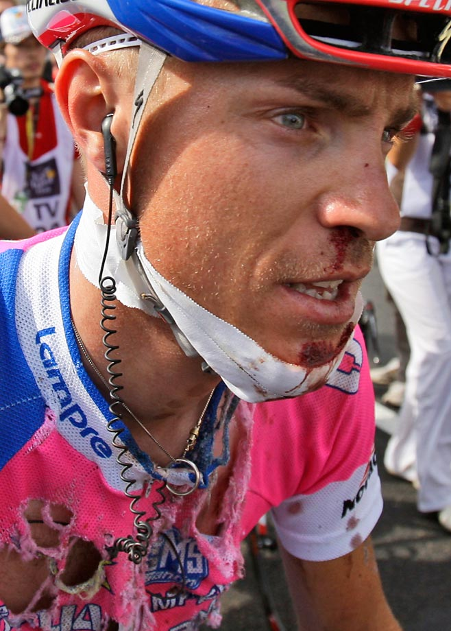 Damiano Cunego was a lock for the Top 10 in the 2008 Tour, until his front wheel got stuck in a gulley as the peloton crossed a bridge early in Stage 18. Losing control of his bike, the Italian hit a wall at speed, shredding his jersey and much of the skin on his face. After lying on the pavement for seven minutes, he rode 167 km to the finish line, but could not take the start the next day.