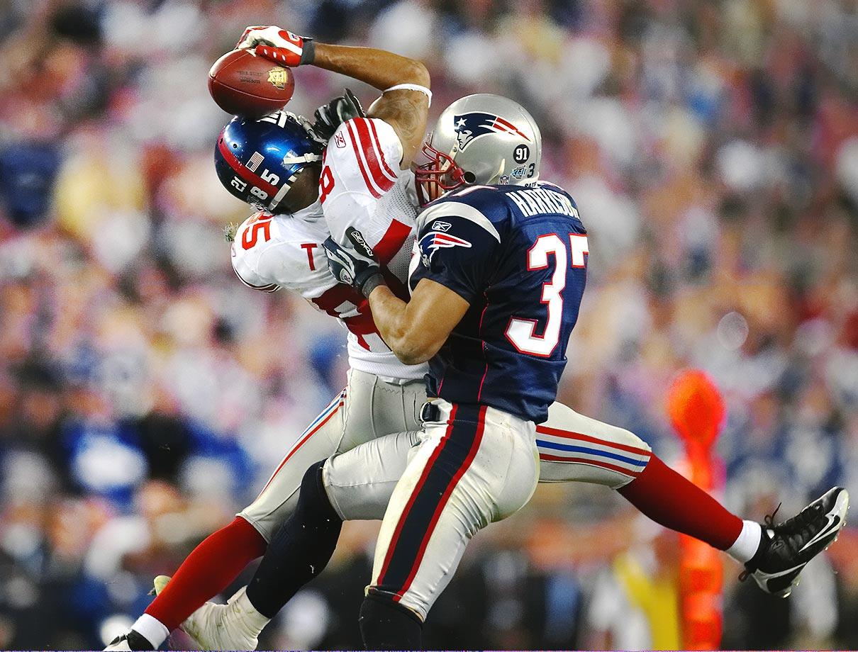 2007: David Tyree's helmet catch for the Giants in their Super Bowl 42 upset of the undefeated Patriots.