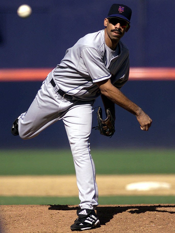 Derek Bell is perhaps the only player to throw an ''eephus pitch,'' and then exit the field to a standing ovation for Best Comedic Performance. With the Padres leading 11-1, the Mets gave the ball to Bell in the eighth inning. With his pitches clocking in as low as 47 mph, Bell walked three batters, allowed three hits and five runs. It wouldn't have been so bad if another positional player (Brent Mayne) hadn't pitched his team to victory on the same day.
