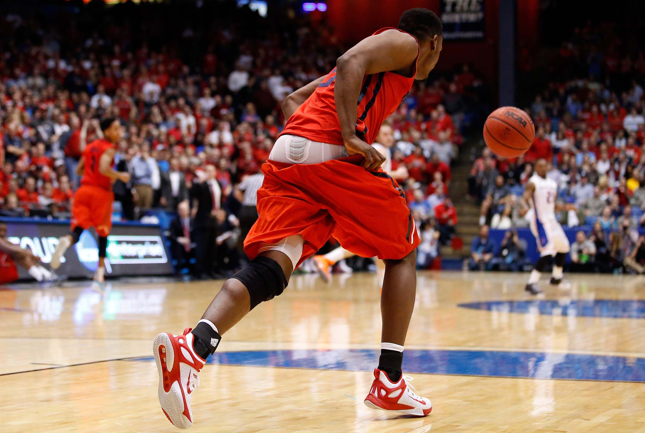 Dyshawn Pierre's shorts fell down during Dayton's opening game.