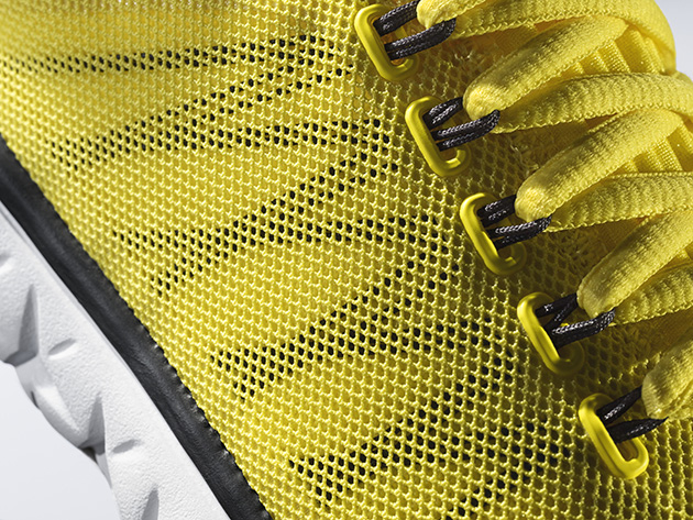 A detailed look at the Flight Flex Trainer.