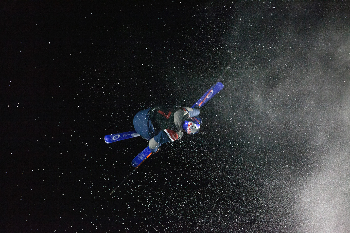 Oscar Wester leaves a trail of powder in his wake during his second run of the Big Air ski final.