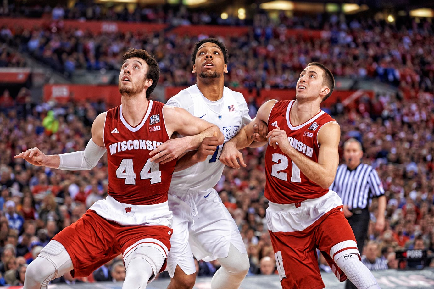 Wisconsin contained Duke center Jahlil Okafor for most of Monday night, holding the freshman to 10 points and three rebounds.