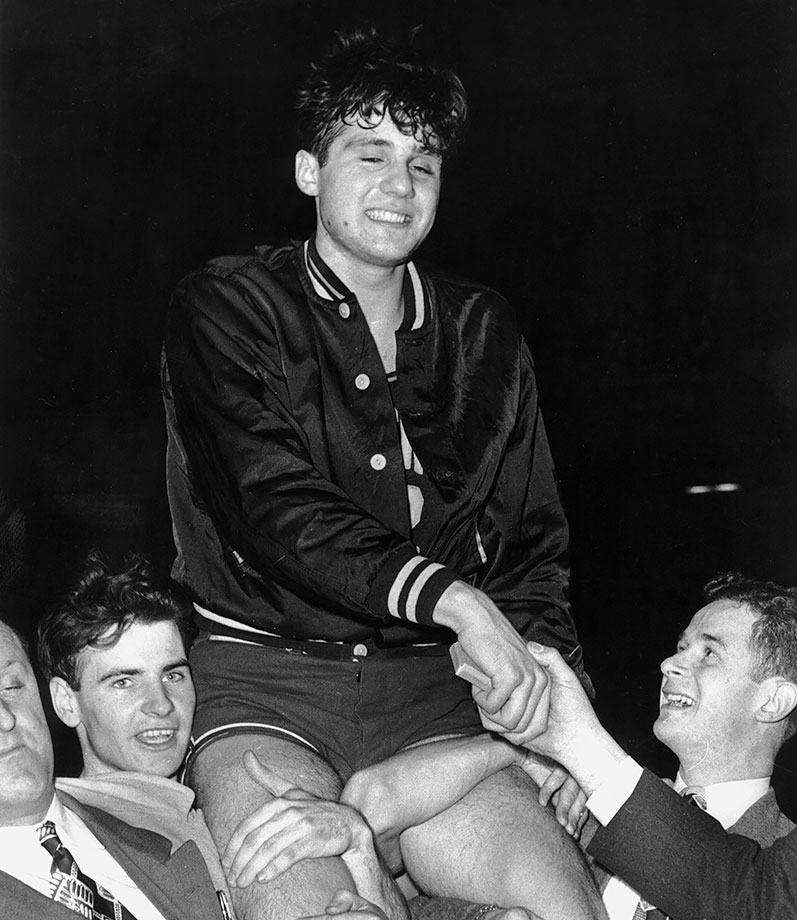 Most fans probably assume Bob Cousy was the star of Holy Cross 1947 NCAA championship team, but while Cousy was just a role-playing freshman, Kaftan was the one who scored 30 points against CCNY in the first round, and then went for 18 in the title victory over Oklahoma. Kaftan was named Most Outstanding Player, and the following year he averaged 13.7 points per game in the tournament while leading the Crusaders to a third place finish.