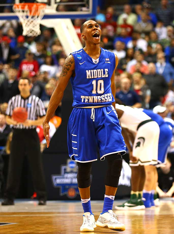 Jaqawn Raymond of Middle Tennessee celebrates the victory over Michigan State.