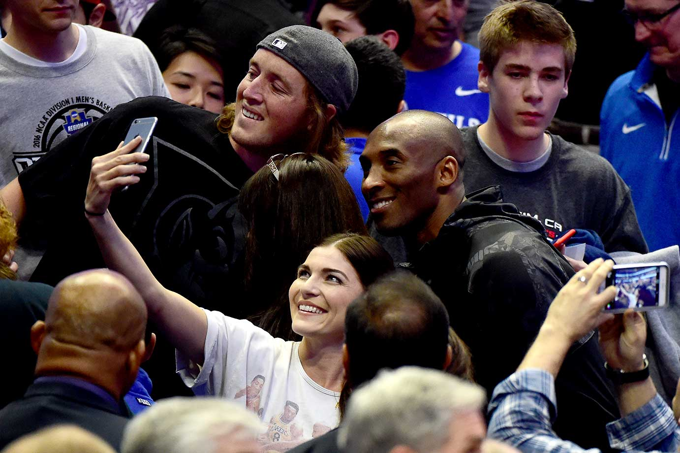 Kobe Bryant takes a selfie with fans as the Duke Blue Devils took on the Oregon Ducks.
