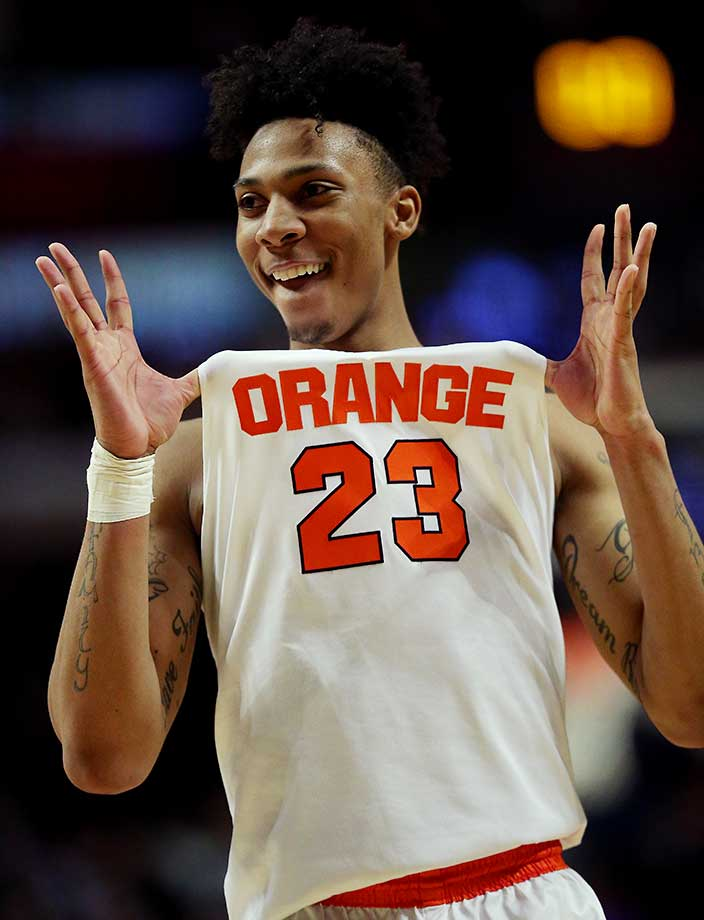 Malachi Richardson of Syracuse shows off on a night in which the Orange got the go-ahead layup with 22 seconds.